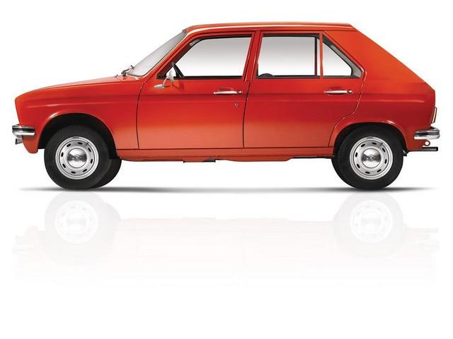 L'automobile – 1972 la plus petite berline 4 portes au monde avec la Peugeot 104