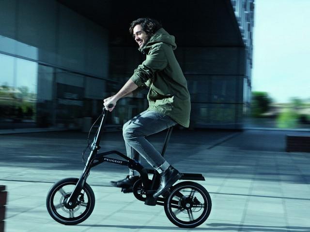 Solution de mobilité e-Bike - Nouveau grand SUV PEUGEOT 5008 GT