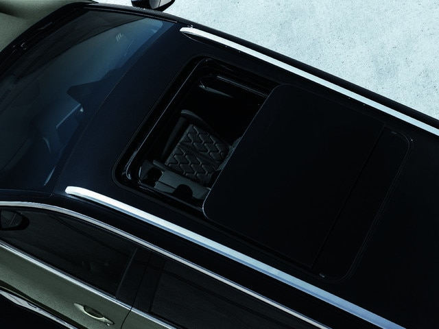 Toit ouvrant panoramique - Nouveau SUV PEUGEOT 5008 GT