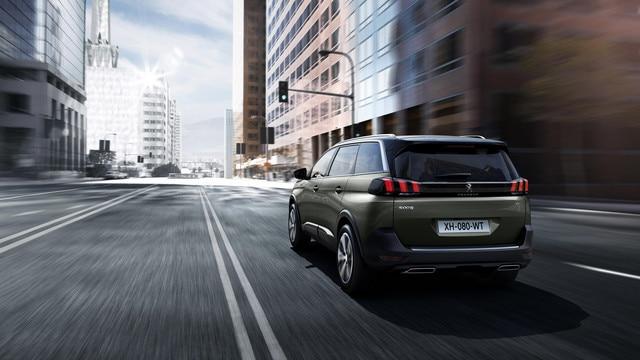 Carrure et puissance sportives - Nouveau SUV PEUGEOT 5008 GT