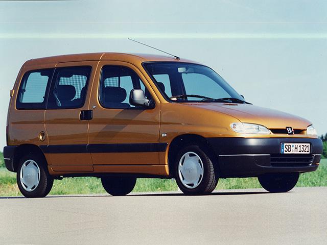Les utilitaires – le Peugeot Partner Combispace fait son apparition en 1996