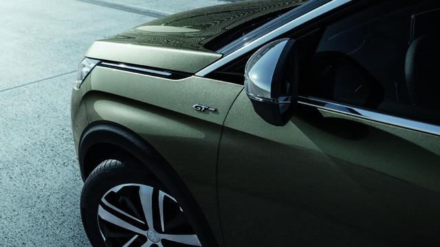 Chrome et jantes alliage - Nouveau SUV PEUGEOT 5008 GT