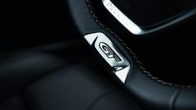 Intérieur haut de gamme - Nouveau SUV PEUGEOT 5008 GT