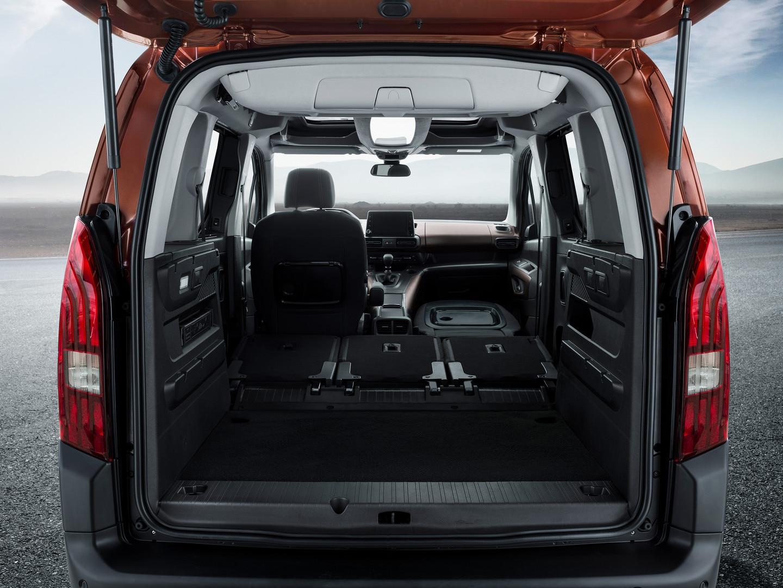 NOUVEAU PEUGEOT RIFTER – 3 sièges arrière individuels et escamotables avec Magic Flat
